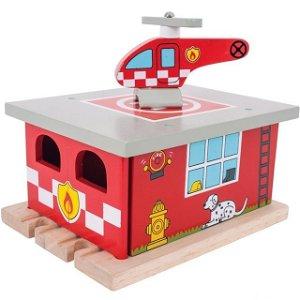 Vláčkodráha depa - Depo hasičské s heliportem (Bigjigs)