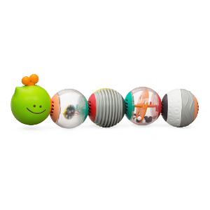 Housenka z míčků