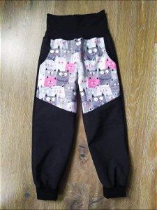 Metznerová - česká výroba Zimní softshellové kalhoty KUSHI - kočky/černá, vel. 98 - 110 98