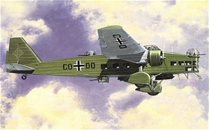 Směr plastikový model letadla ke slepení Aero MB-200 slepovací stavebnice letadlo 1:72